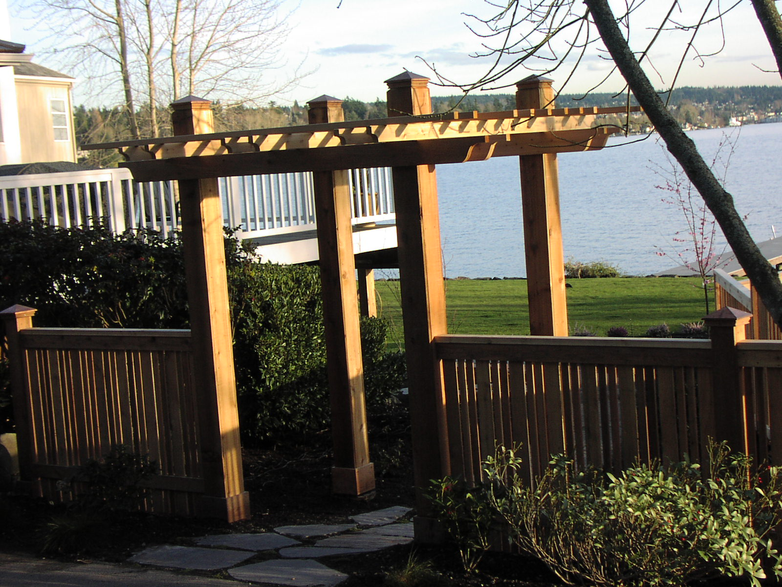Arbor, and quality Fence builder in Seattle area - Madrona
