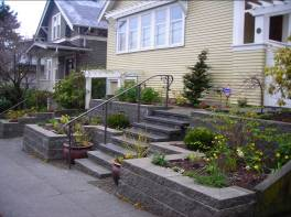 Block retaining wall designed by Environmental Construction Inc. in Kirkland WA